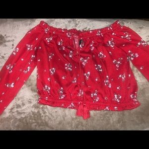 CROPPED RED FLORAL SHIRT!